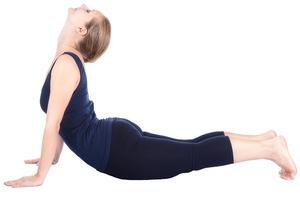 exercice-pour-perdre-du-ventre-la-posture-du-cobra-bhujang-asana