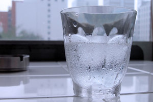 verre-eau-glacee
